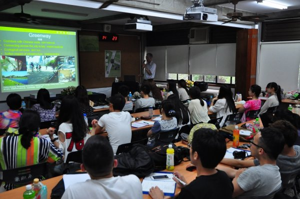 7月23日課程-講師:Thomas Paine (3).JPG