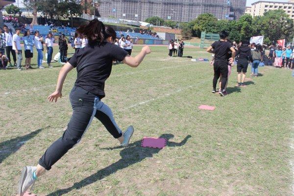 校慶運動會 (10).JPG